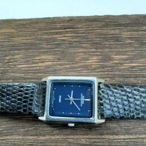 Vintage Citizen 2931-295242 Y Forma Quartz Watch For Women