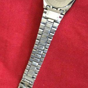Rado 111.3351.4 Golden Quartz Date Analog Wristwatch for Ladies