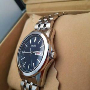 Seiko 7N43-0AM0 Black Face Watch