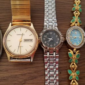 Coco Christy Watch Cosmo Crater Calinda Caravelle Junk lot of 5 Watches No.A069 For Men Women Unchecked for Parts or Repair