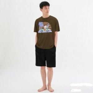 GU Japan Peanuts Set Men`s Graphic T-Shirt Brown From GU Japan Size: XL