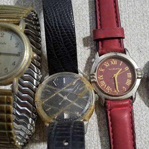 Tactics Tm Quartz Tete Homme Jrait Dor Junk Watches Lot of 4 Watches Lot No.A237 For Men Women Unchecked for Parts or Repair
